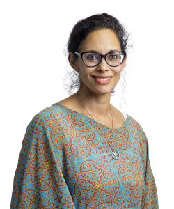 Dr-Carmen-Quadros